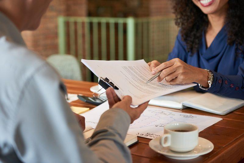 Contratar advogado: Você está fazendo da forma correta?